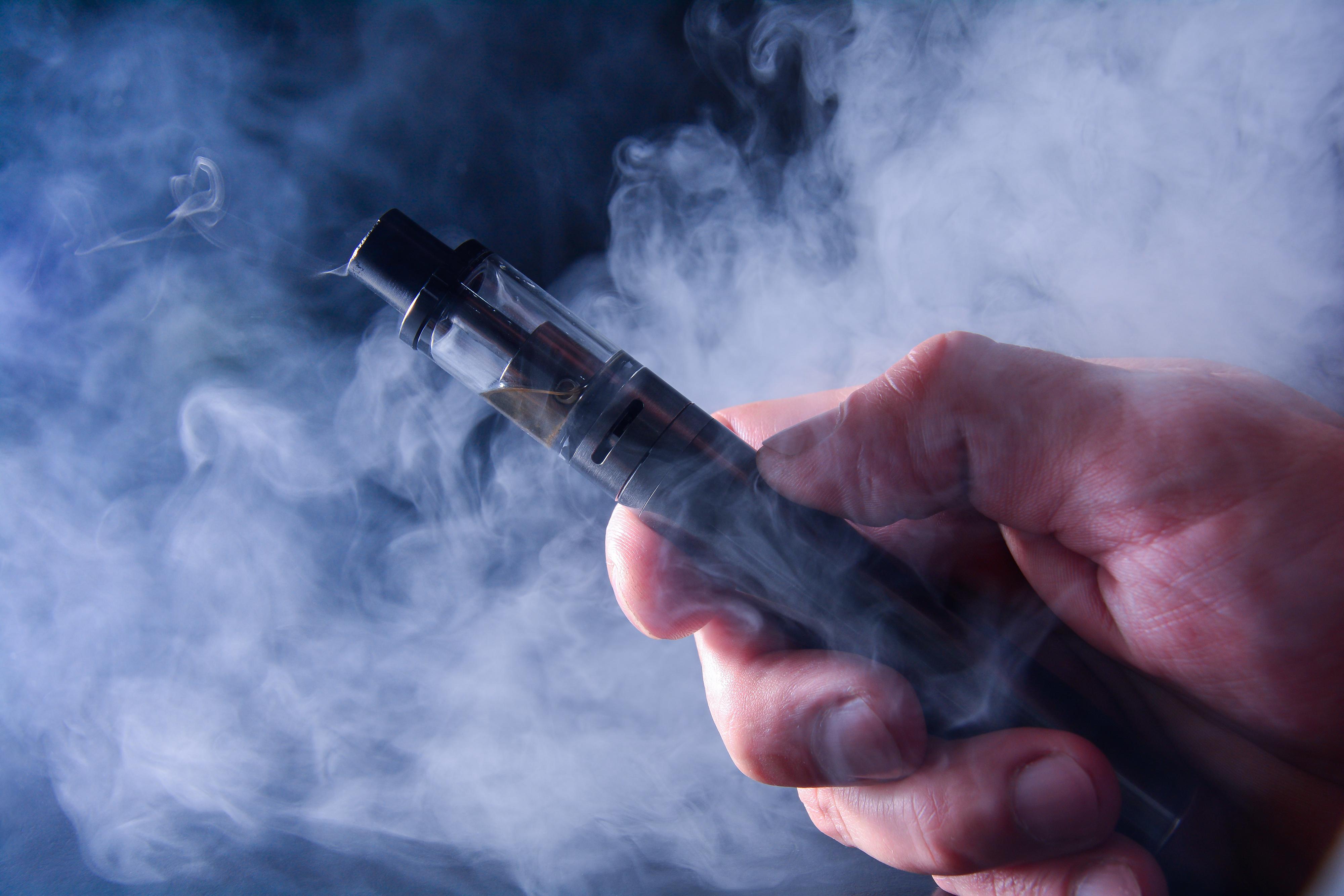 e-cigarette, cigarette électronique